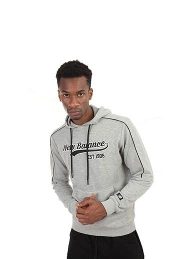 New Balance Erkek Kapüsonlu Sweatshirt MPH003-CHC Gri